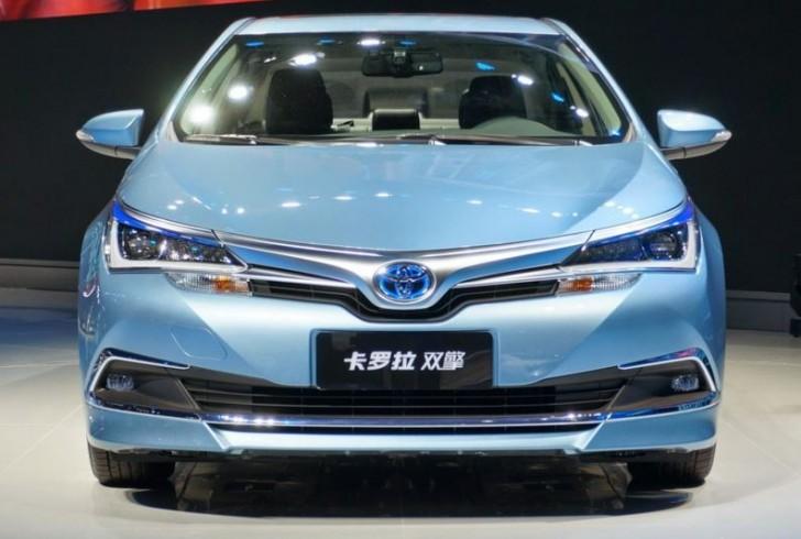 トヨタ カローラハイブリッド中国モデル3