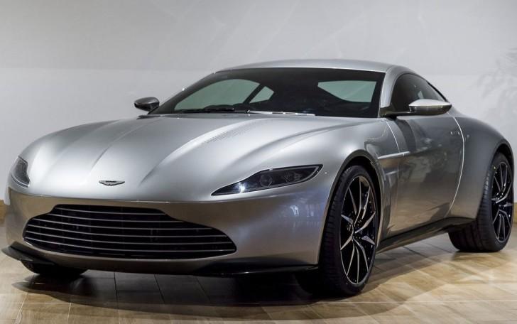 Aston Martin DB10 2015 01