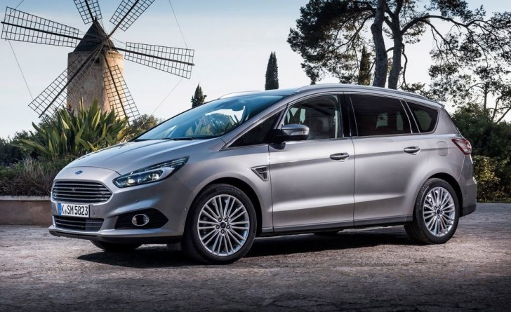 Ford S-MAX 2015 02