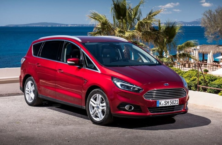 Ford S-MAX 2015 06