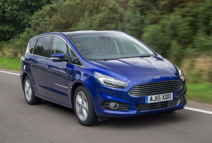 Ford S-MAX 2015 07