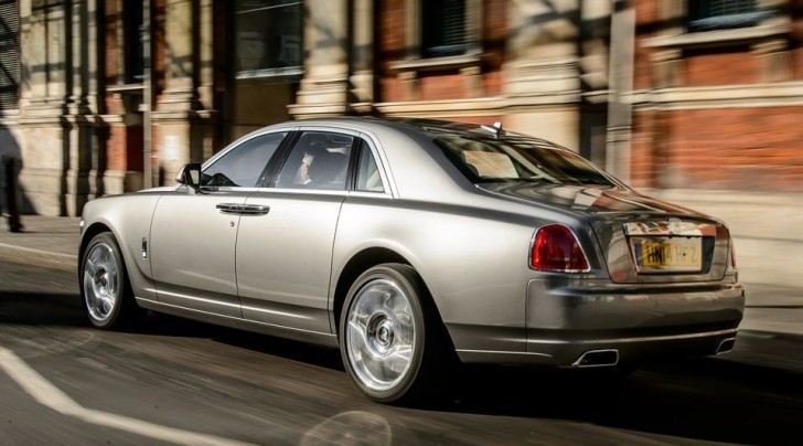 Rolls-Royce Ghost Series II 2015 02