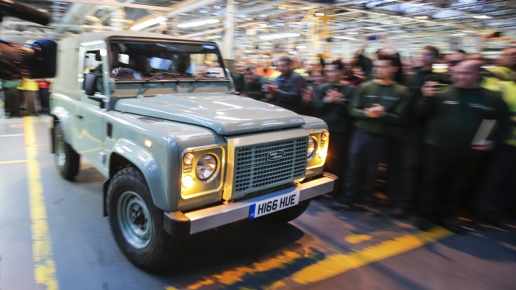 final-land-rover-defender-01-1