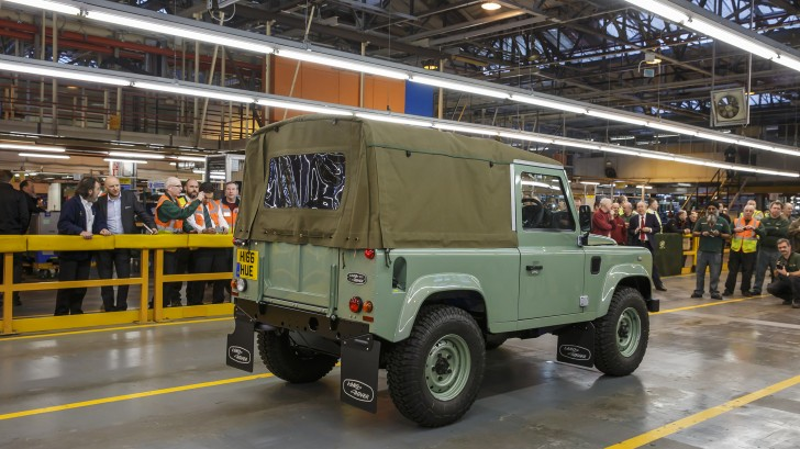 final-land-rover-defender-03-1