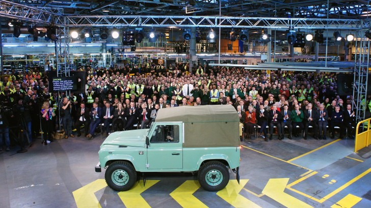 final-land-rover-defender-12-1