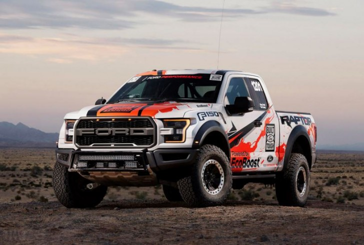 2017 F-150 Raptor offroad racing 05
