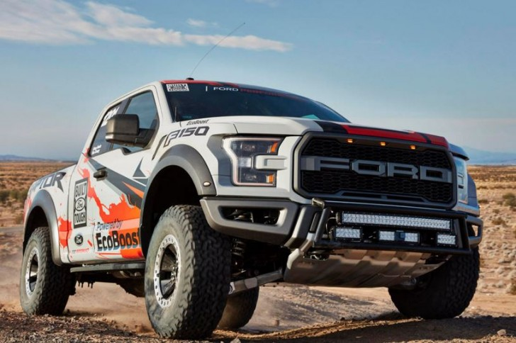 2017 F-150 Raptor offroad racing 08