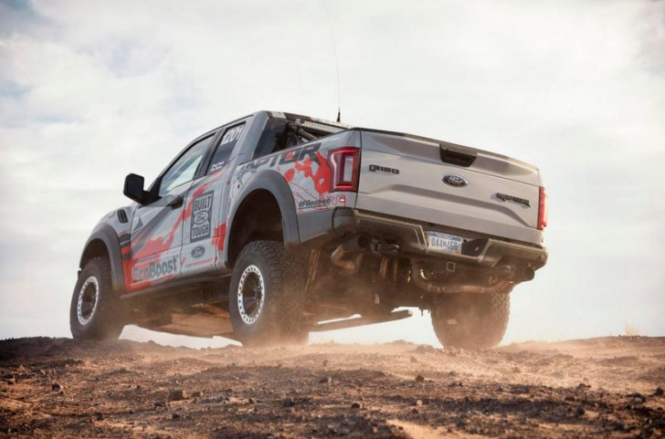 2017 F-150 Raptor offroad racing 11