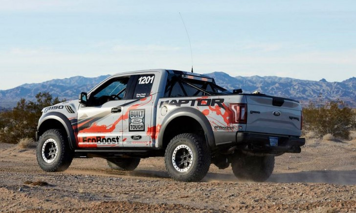 2017 F-150 Raptor offroad racing 12