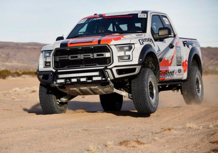 2017 F-150 Raptor offroad racing 13