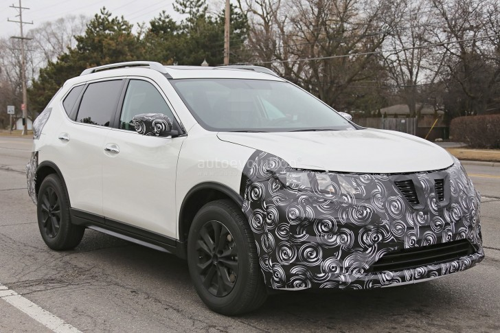 2017-nissan-rogue-spied-with-cosmetic-updates_10