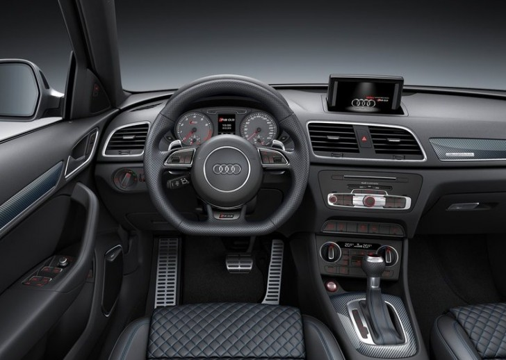 Audi RS Q3 performance 2017 06