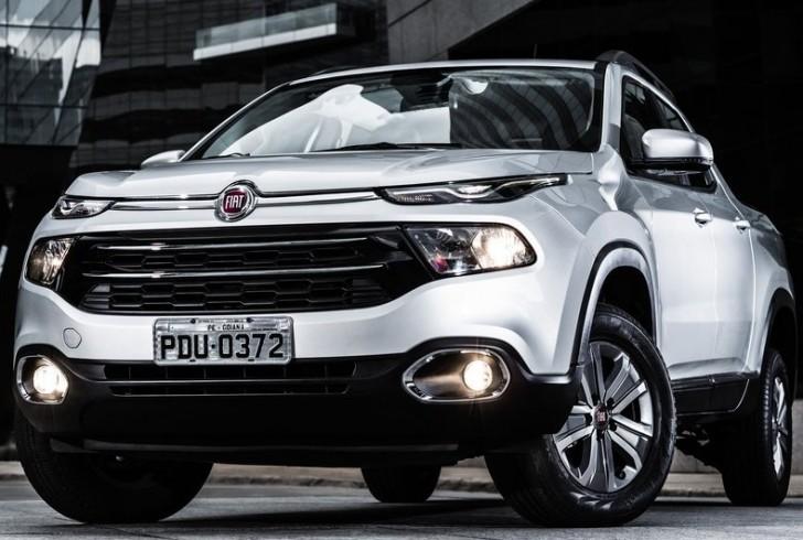 Fiat Toro 2016 01
