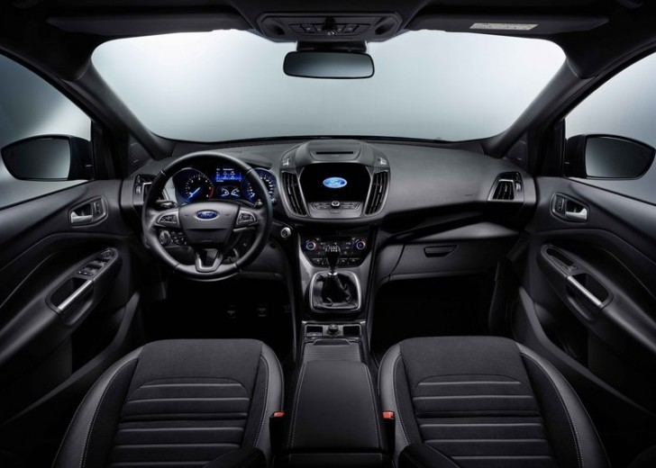 Ford Kuga 2017 06