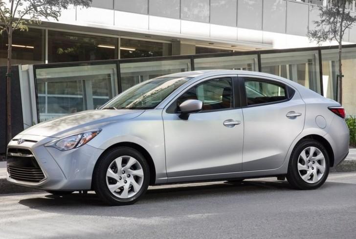 Toyota Yaris Sedan 2016 05