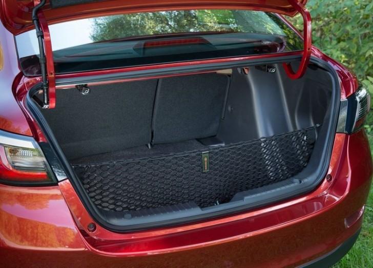 Toyota Yaris Sedan 2016 10