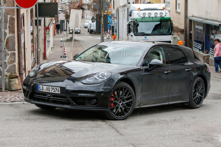 porsche-panamera-shooting-brake-spy-photos-03