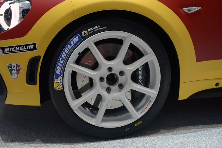 09-fiat-abarth-124-spider-rally-geneva-1
