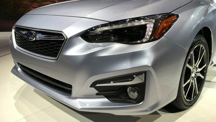 2017-Subaru-Impreza-hatch-and-sedan-NY-auto-show-12