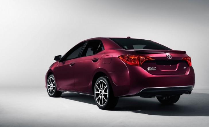 2017-Toyota-Corolla-50th-103-876x535