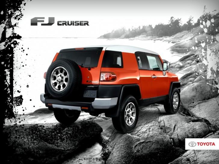 2017-Toyota-FJ-Cruiser 03