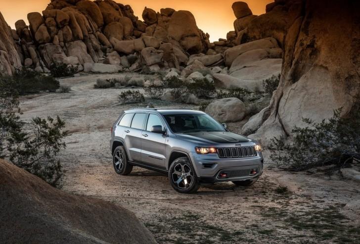 Jeep Grand_Cherokee_Trailhawk_2017_03