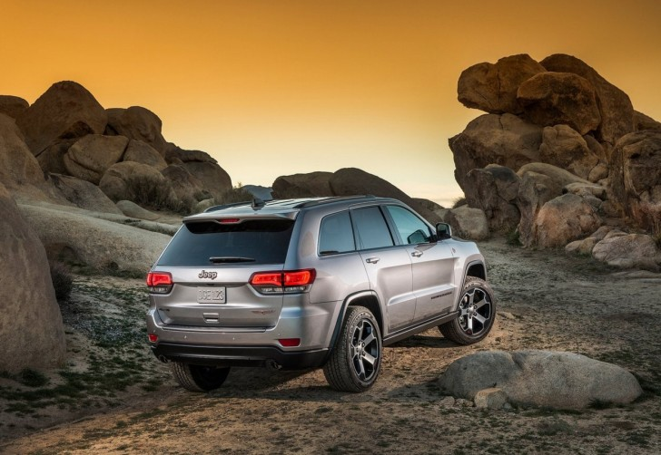Jeep Grand_Cherokee_Trailhawk_2017_06