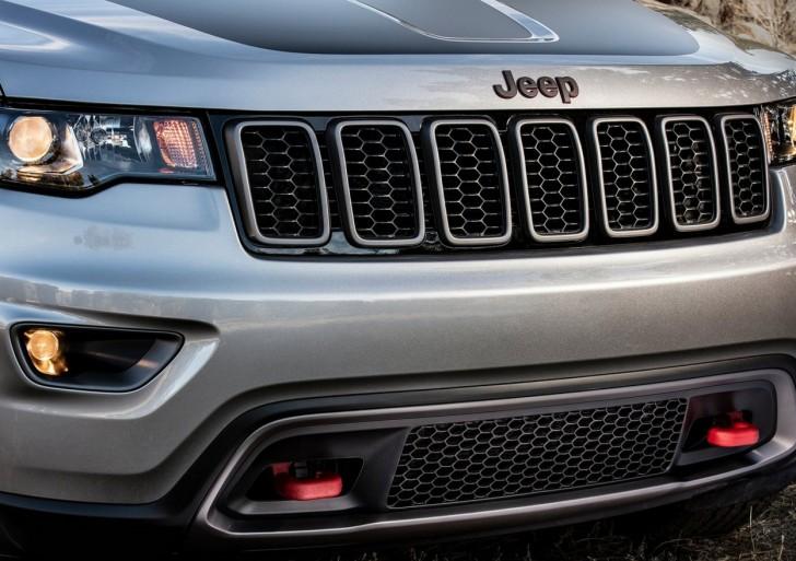Jeep Grand_Cherokee_Trailhawk_2017_16
