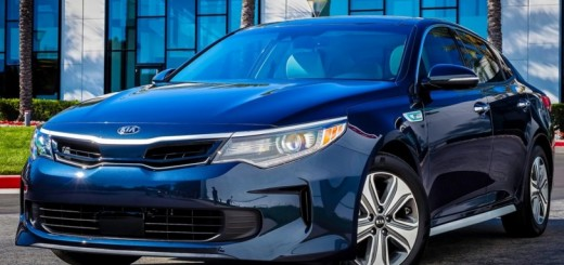 Kia Optima Hybrid 2017 01