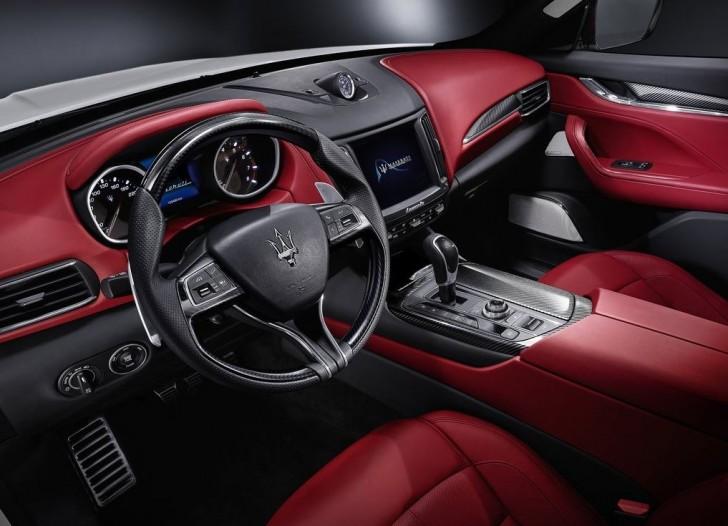 Maserati Levante 2017 08