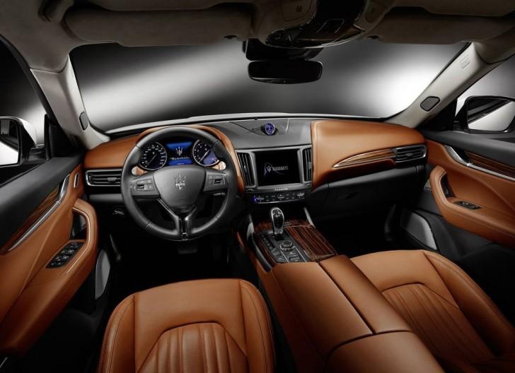 Maserati Levante 2017 10