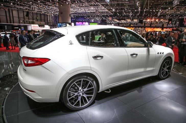 Maserati Levante 2017 23