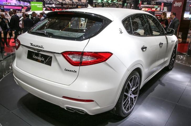 Maserati Levante 2017 24