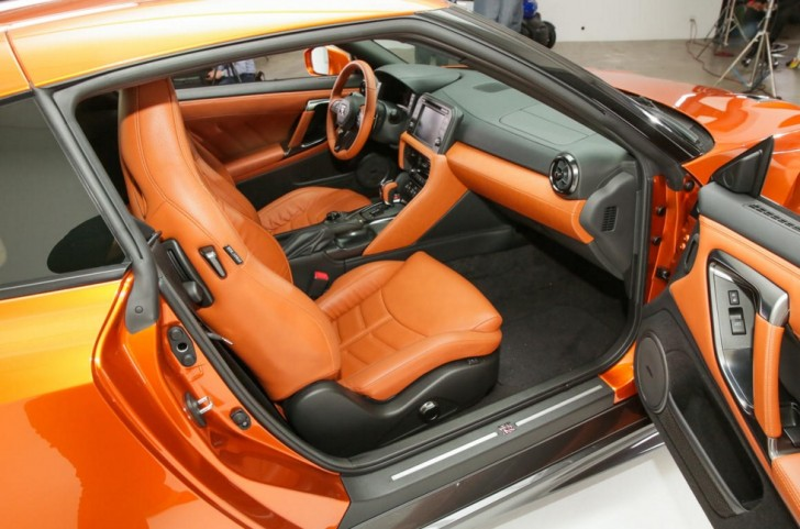 Nissan refreshes the GT R in the Big Apple pictures CNET Page 39