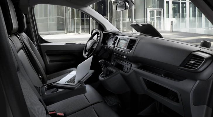 2016-PeugeotExpert-14