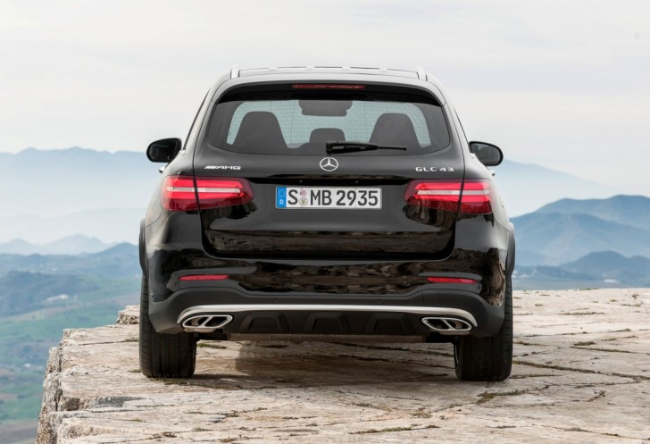 Mercedes-AMG GLC 43 4MATIC 2017 11