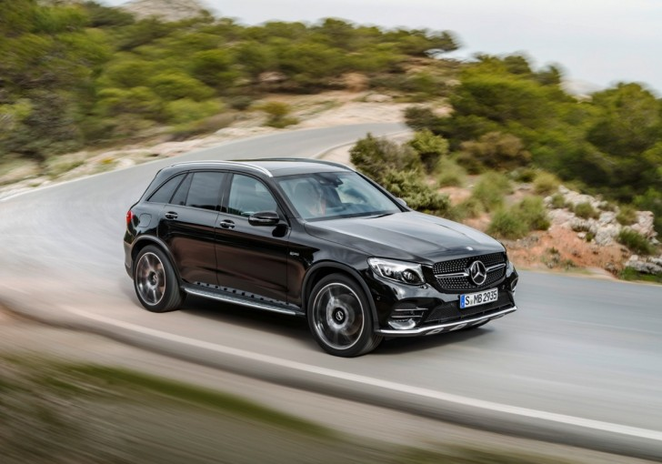 Mercedes-AMG GLC 43 4MATIC 2017 02