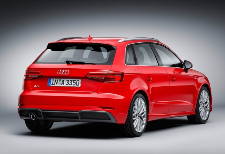 Audi A3 Sportback (2017)5