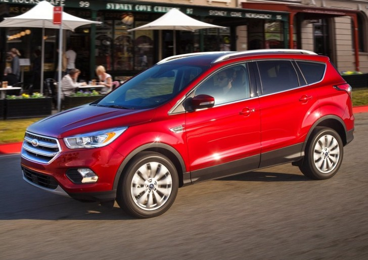 Ford Escape (2017)3