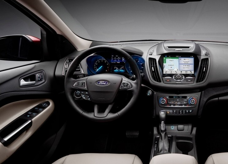 Ford Escape (2017)5