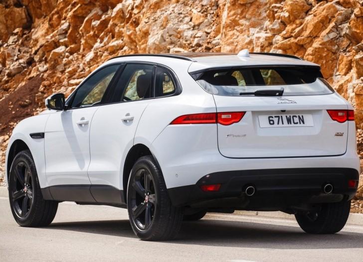 Jaguar F-Pace (2017)4
