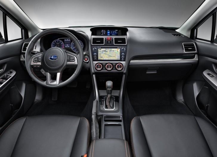 Subaru XV (2016)5