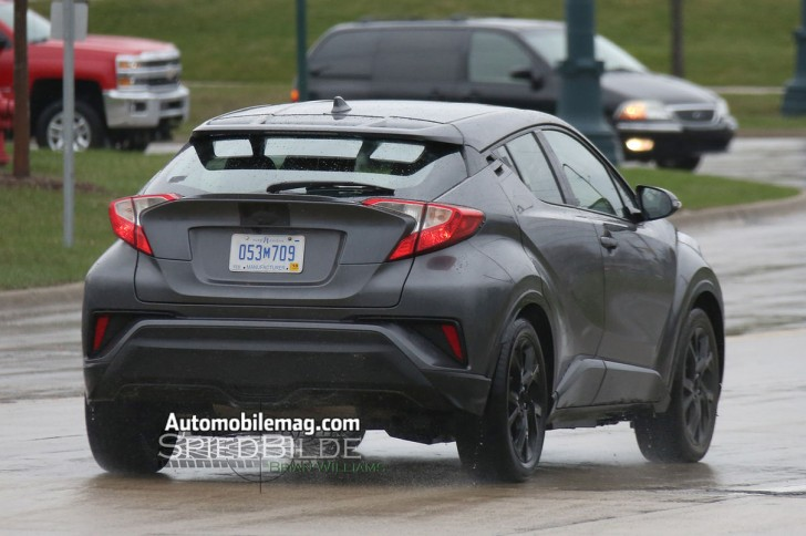 Toyota-C-HR-production-spy-shots-rear-three-quarter5