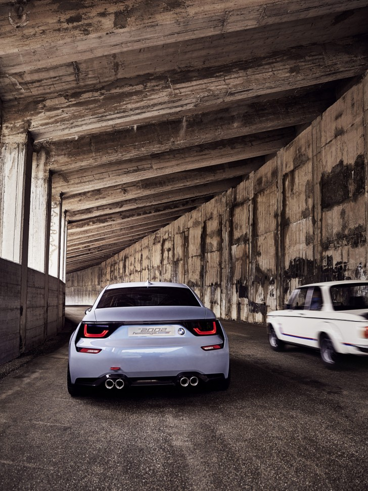 0__2016-BMW-2002-Hommage-03__1280_1706