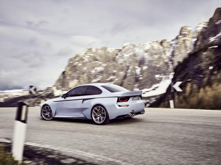 0__2016-BMW-2002-Hommage-07__1280_959