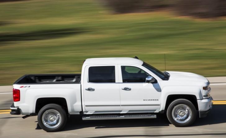 2016-Chevrolet-Silverado-1500-Z71-LTZ-1051-876x535