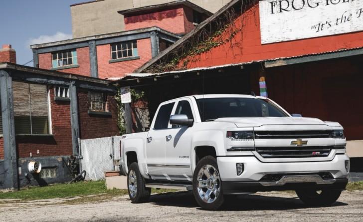 2016-Chevrolet-Silverado-1500-Z71-LTZ-1091-876x535