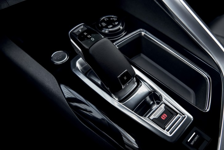 2016-Peugeot3008-29