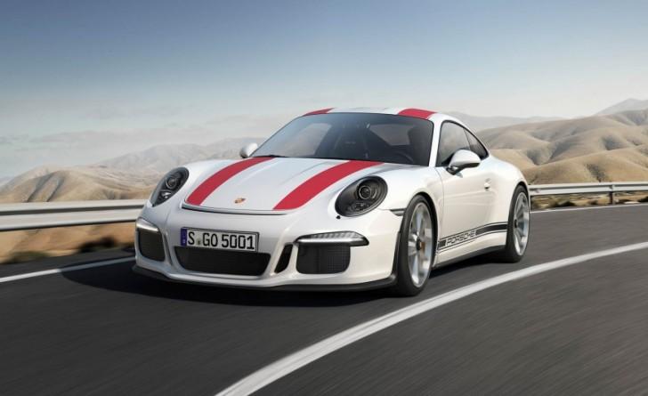 2017-Porsche-911-R-102-876x535