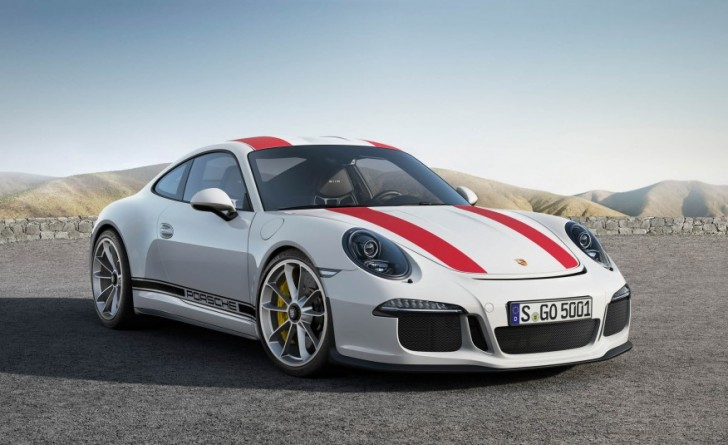2017-Porsche-911-R-107-876x535